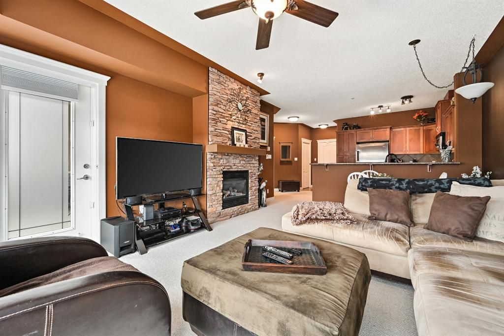 Main Photo: 540 10 Discovery Ridge Close SW in Calgary: Discovery Ridge Apartment for sale : MLS®# A1125806