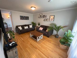 Photo 3: 9 MacLaren Avenue in New Glasgow: 106-New Glasgow, Stellarton Residential for sale (Northern Region)  : MLS®# 202125809
