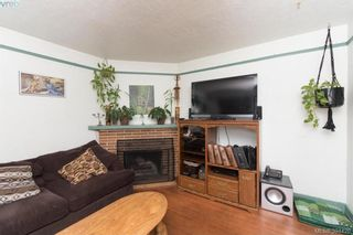 Photo 2: 319 Walter Ave in VICTORIA: SW Gorge House for sale (Saanich West)  : MLS®# 790759