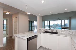 """Photo 14: 1905 1128 QUEBEC Street in Vancouver: Mount Pleasant VE Condo for sale in """"THE NATIONAL"""" (Vancouver East)  : MLS®# R2232561"""