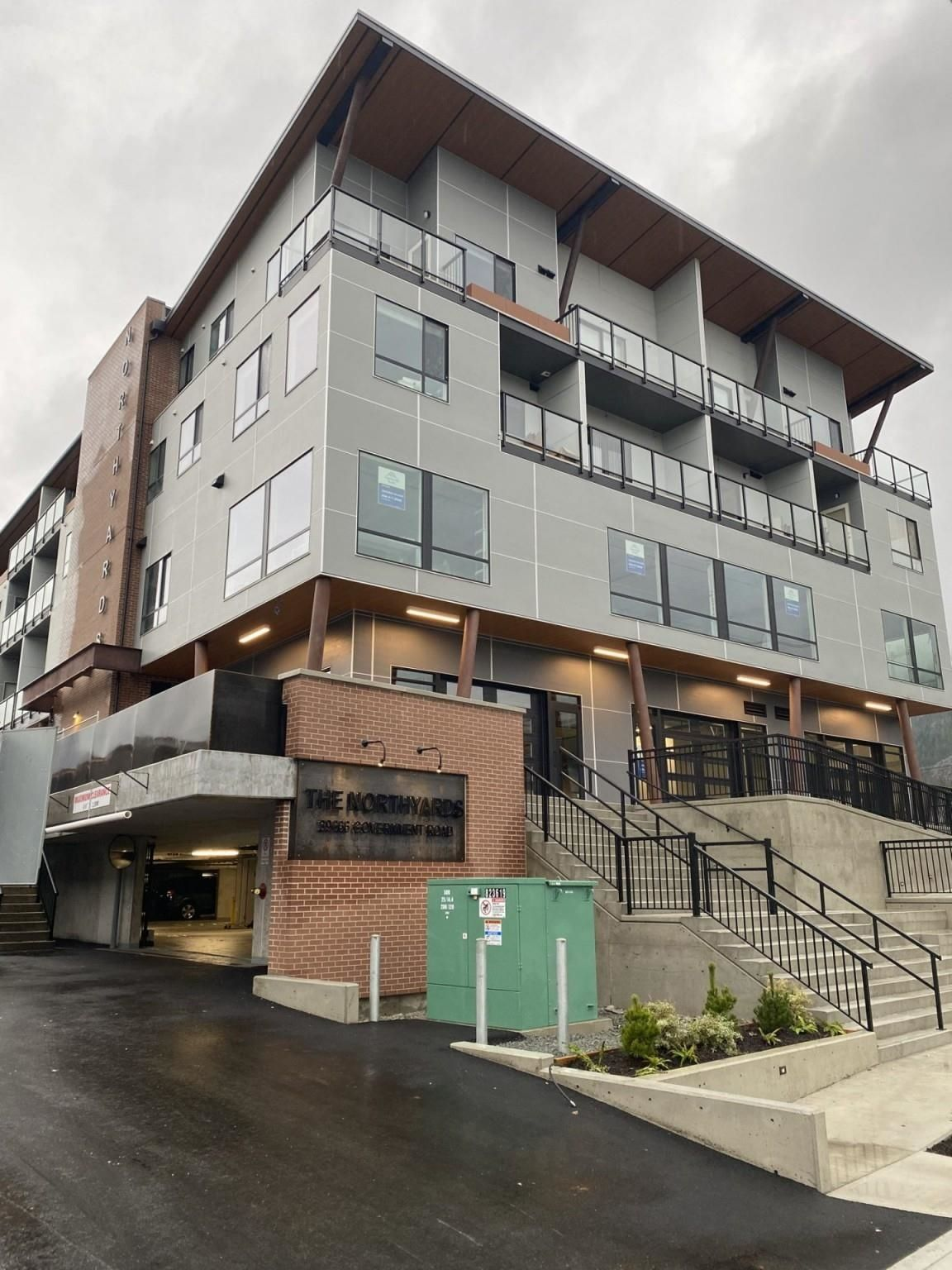 """Main Photo: 5 39666 GOVERNMENT Road in Squamish: Northyards Office for sale in """"THE NORTHYARDS"""" : MLS®# C8040340"""