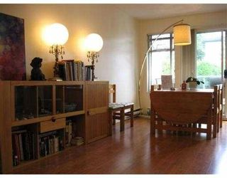 Photo 4: 306 5335 HASTINGS Street in Burnaby: Capitol Hill BN Condo for sale (Burnaby North)  : MLS®# V783120