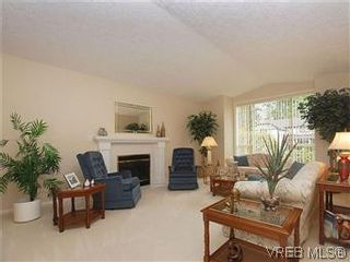 Photo 2: 1028 Adeline Pl in VICTORIA: SE Broadmead House for sale (Saanich East)  : MLS®# 573085