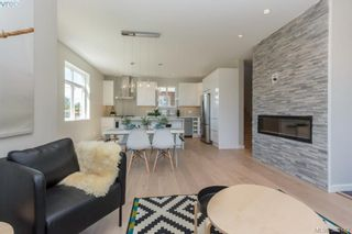 Photo 8: 101 Uganda Ave in VICTORIA: Es Kinsmen Park House for sale (Esquimalt)  : MLS®# 796461