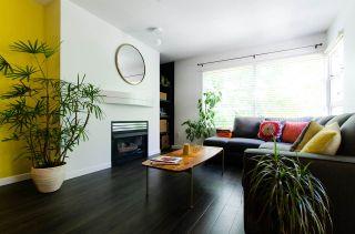 """Photo 4: 306 3023 W 4TH Avenue in Vancouver: Kitsilano Condo for sale in """"Delano"""" (Vancouver West)  : MLS®# R2107483"""
