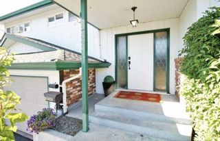 Photo 3: 34345 OLD YALE Road in Abbotsford: Central Abbotsford House for sale : MLS®# R2533749