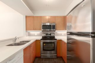 """Photo 3: 1602 7380 ELMBRIDGE Way in Richmond: Brighouse Condo for sale in """"The Residences"""" : MLS®# R2615275"""