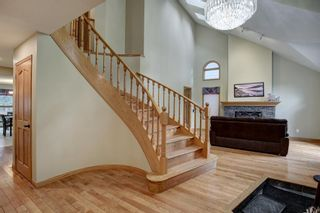 Photo 3: 338 Squirrel Street: Banff Detached for sale : MLS®# A1139166