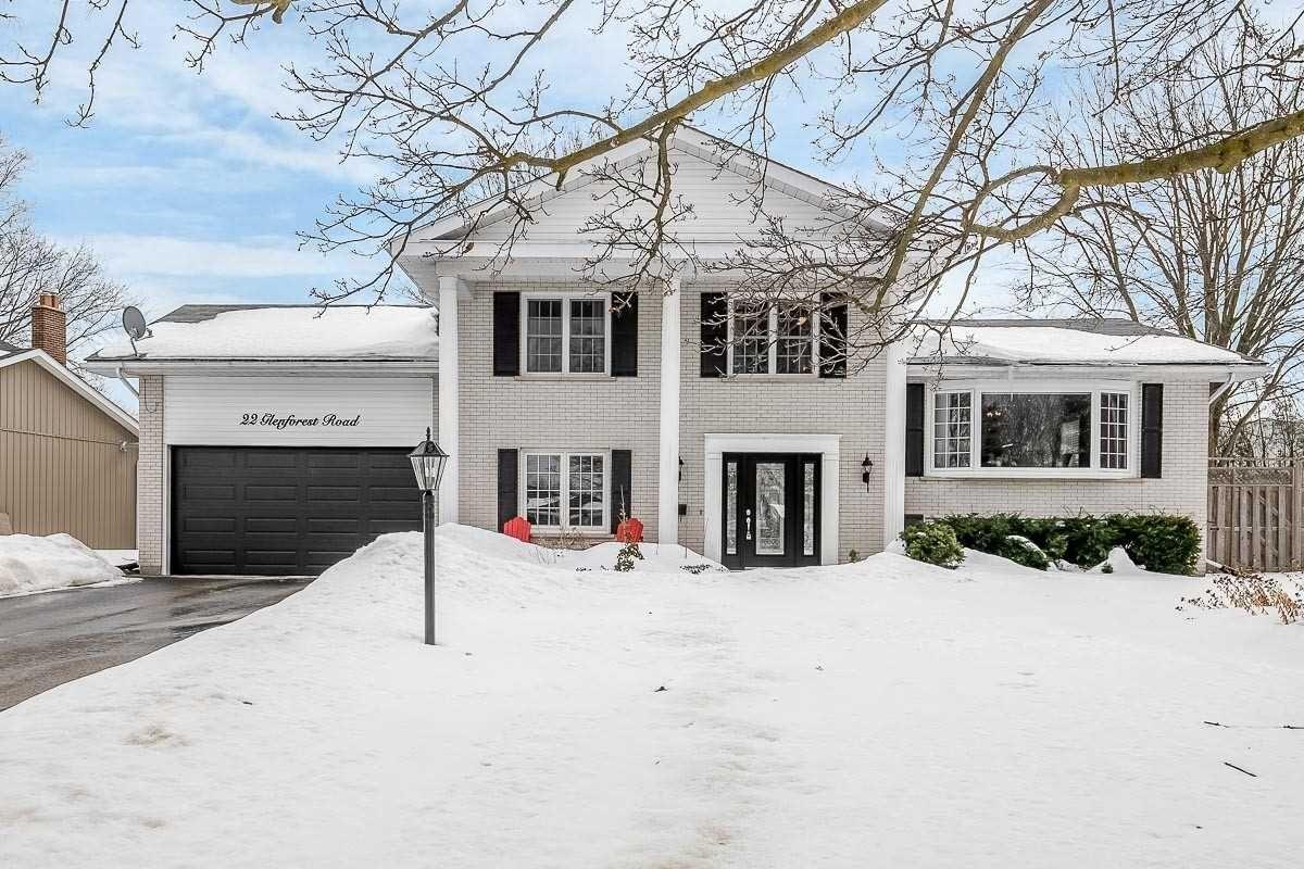 Main Photo: 22 Glenforest Road: Orangeville House (Sidesplit 4) for sale : MLS®# W5136445