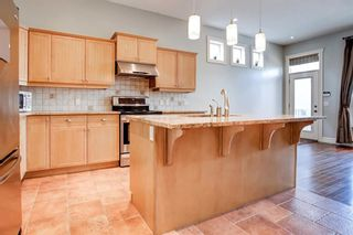 Photo 7: 2632 1 Avenue NW in Calgary: West Hillhurst Semi Detached for sale : MLS®# A1137222
