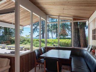 Photo 13: 1590 OCEAN BEACH Esplanade in Gibsons: Gibsons & Area House for sale (Sunshine Coast)  : MLS®# R2598013