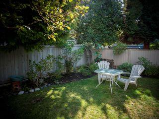 Photo 10: 102 1007 Caledonia Ave in : Vi Central Park Condo for sale (Victoria)  : MLS®# 885671