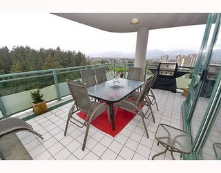"Photo 8: 17A 6128 PATTERSON Avenue in Burnaby: Metrotown Condo for sale in ""GRAND CENTRAL PARK PLACE"" (Burnaby South)  : MLS®# V765402"