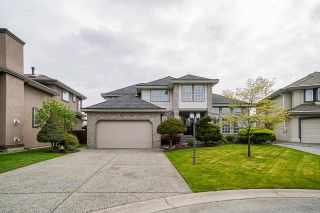 Photo 1: 6272 189A Street in Surrey: Cloverdale BC House for sale (Cloverdale)  : MLS®# R2572115