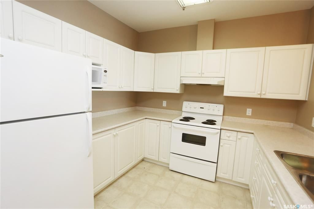 Photo 5: Photos: 204 302 Nelson Road in Saskatoon: University Heights Residential for sale : MLS®# SK800364