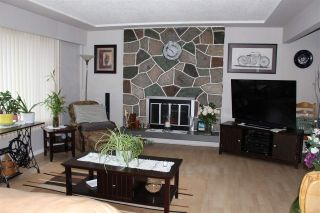 Photo 5: 2121 VENICE Avenue in Coquitlam: Central Coquitlam House for sale : MLS®# R2538303