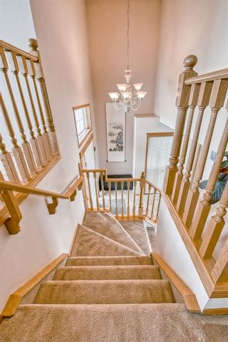 Photo 18: 60 Edgeridge Close NW in Calgary: Edgemont Detached for sale : MLS®# A1112714