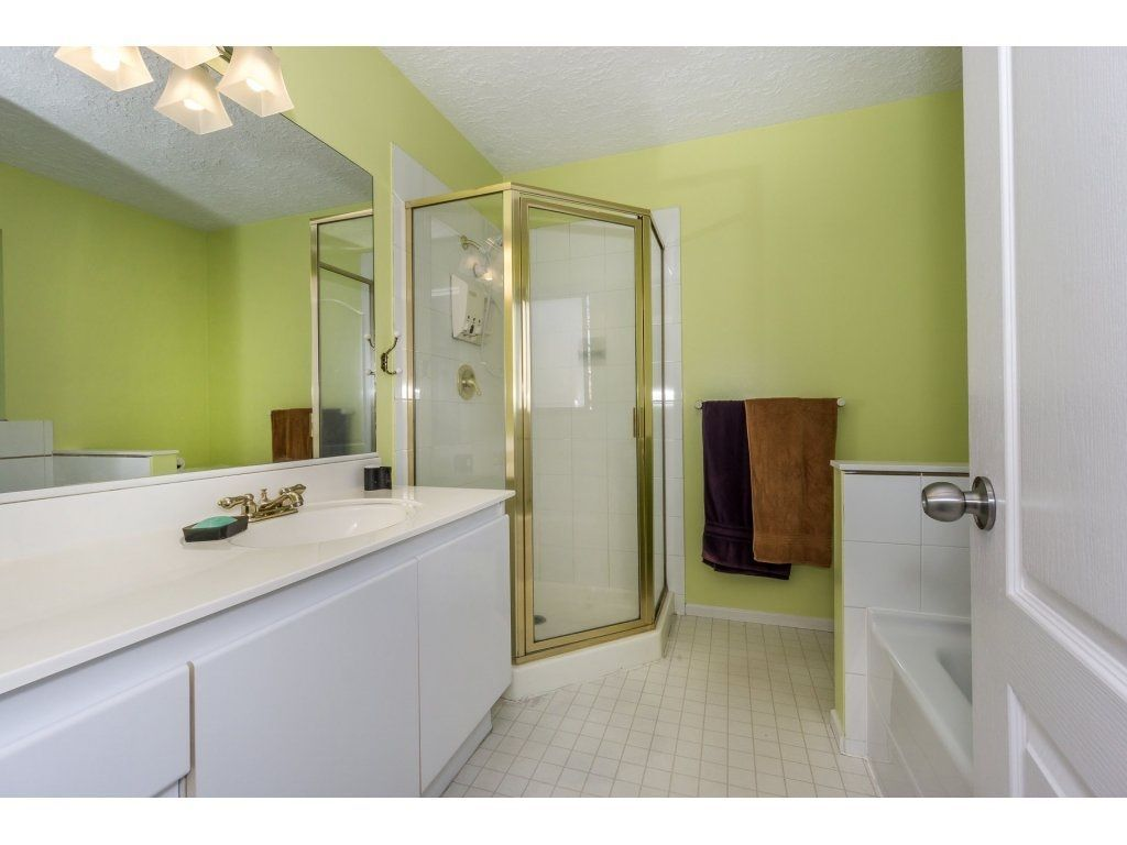 """Photo 16: Photos: 72 21928 48 Avenue in Langley: Murrayville Townhouse for sale in """"Murray Glen"""" : MLS®# R2229327"""