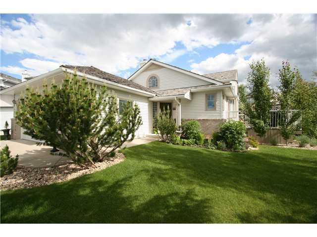 Main Photo: 155 VALLEY MEADOW Close NW in CALGARY: Valley Ridge Residential Detached Single Family for sale (Calgary)  : MLS®# C3425305