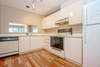 """Photo 5: 15 2656 MORNINGSTAR Crescent in Vancouver: Fraserview VE Townhouse for sale in """"FRASER WOODS"""" (Vancouver East)  : MLS®# R2007119"""