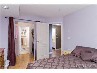 Photo 12: 307 2527 Quadra Street in VICTORIA: Vi Hillside Condo Apartment for sale (Victoria)  : MLS®# 298053