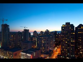 "Photo 12: # 2202 1199 SEYMOUR ST in Vancouver: Downtown VW Condo for sale in ""BRAVA"" (Vancouver West)  : MLS®# V1033200"