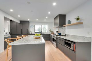 Photo 16: 618 E 13TH Street in North Vancouver: Boulevard House for sale : MLS®# R2611506