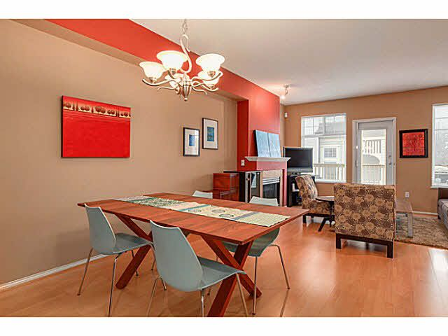 "Main Photo: 10 3711 ROBSON CRT Court in Richmond: Terra Nova Townhouse for sale in ""TENNYSON GARDENS"" : MLS®# V1098875"