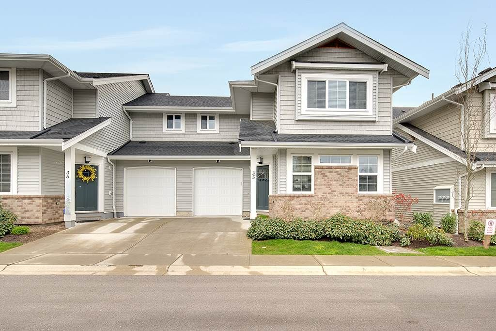 Main Photo: 35 12161 237 Street in Maple Ridge: East Central Townhouse for sale : MLS®# R2252571