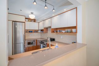 """Photo 8: 301 655 W 13TH Avenue in Vancouver: Fairview VW Condo for sale in """"Tiffany Mansion"""" (Vancouver West)  : MLS®# R2598005"""
