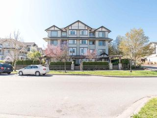 """Photo 2: 411 19340 65 Avenue in Surrey: Clayton Condo for sale in """"Esprit"""" (Cloverdale)  : MLS®# R2557307"""