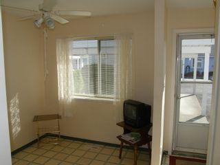 Photo 5: 4 23580 Dewdney Trunk Road in St George's Village: Home for sale : MLS®# V975203