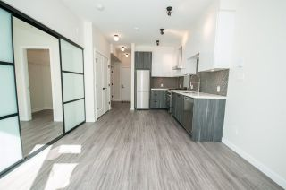 """Photo 3: 317 311 E 6TH Avenue in Vancouver: Mount Pleasant VE Condo for sale in """"The Wohlsein"""" (Vancouver East)  : MLS®# R2438837"""