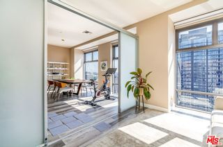 Photo 10: 801 S Grand Avenue Unit 1909 in Los Angeles: Residential for sale (C42 - Downtown L.A.)  : MLS®# 21793682