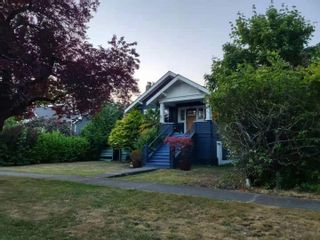 Main Photo: 2027 W 44TH Avenue in Vancouver: Kerrisdale House for sale (Vancouver West)  : MLS®# R2603063