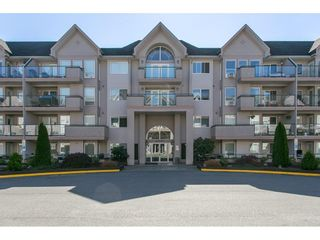 """Photo 2: 313 33728 KING Road in Abbotsford: Poplar Condo for sale in """"College Park Place"""" : MLS®# R2107652"""