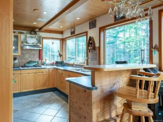 Photo 2: 3871 Woodhus Rd in CAMPBELL RIVER: CR Campbell River South House for sale (Campbell River)  : MLS®# 842753