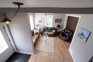 Photo 29: 135 2nd Street in Oakville: House for sale : MLS®# 202114632