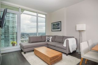 """Photo 6: 3305 2008 ROSSER Avenue in Burnaby: Brentwood Park Condo for sale in """"Solo District"""" (Burnaby North)  : MLS®# R2420827"""