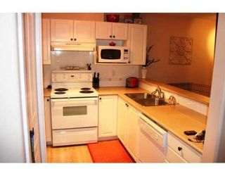 Photo 4: # 202 214 11TH ST in New Westminster: Condo for sale : MLS®# V855628