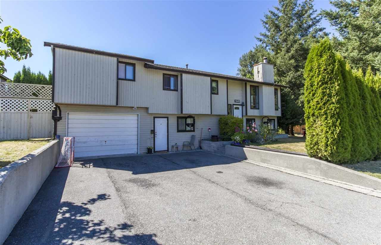 Main Photo: 5149 206 Street in Langley: Langley City House for sale : MLS®# R2308250