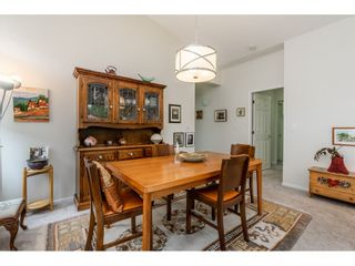 """Photo 13: 98 9012 WALNUT GROVE Drive in Langley: Walnut Grove Townhouse for sale in """"Queen Anne Green"""" : MLS®# R2456444"""