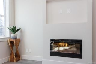 Photo 10: 607 Selwyn Close in Langford: La Thetis Heights Row/Townhouse for sale : MLS®# 834395