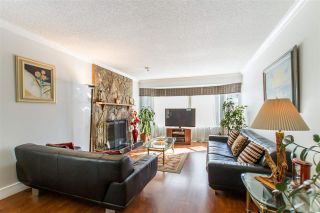 Photo 2: 122 CROTEAU Court in Coquitlam: Cape Horn House for sale : MLS®# R2444071