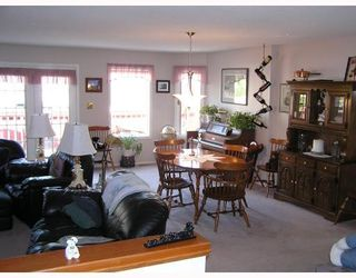 Photo 3: 4358 EAGLENEST in Prince_George: Foothills House for sale (PG City West (Zone 71))  : MLS®# N188034