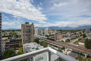 "Photo 12: 1405 5189 GASTON Street in Vancouver: Collingwood VE Condo for sale in ""MACGREGOR"" (Vancouver East)  : MLS®# R2385676"