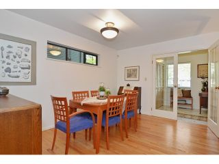 """Photo 4: 3256 FLEMING Street in Vancouver: Knight House for sale in """"CEDAR COTTAGE"""" (Vancouver East)  : MLS®# V1116321"""