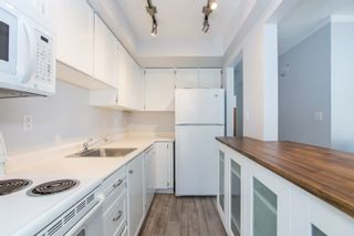 """Photo 12: 101 1330 MARTIN Street: White Rock Condo for sale in """"Coach House"""" (South Surrey White Rock)  : MLS®# R2307057"""