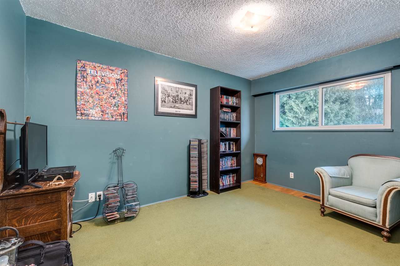 Photo 16: Photos: 3655 COAST MERIDIAN Road in Port Coquitlam: Glenwood PQ House for sale : MLS®# R2528909
