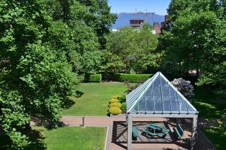 Photo 8: 305 1188 QUEBEC STREET in Vancouver: Mount Pleasant VE Condo for sale (Vancouver East)  : MLS®# R2009498